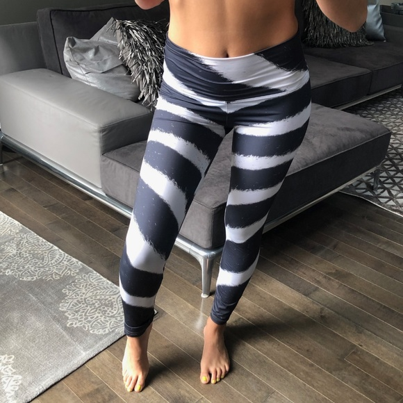 exquisite style on feet at better price OM SHANTI ZEBRA Yoga Leggings